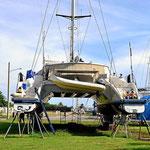 Im Shelter Bay Yachtclub können Riesenyachten bewundert werden.