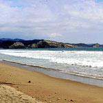 Es ist ein schöner Strand, aber außerhalb der Amisiedlung ist er total vermüllt.