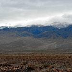Schnee und Schlechtwetter im Death Valley.