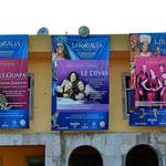 Vorankündigung zum Mazatlan-Karneval. Es ist der drittgrößte der Welt (nach Rio und New Orleans).