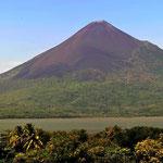 Das ist der Vulkan, der Leons Ende bewirkte.