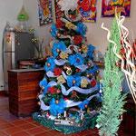 Die Kolumbianer lieben solche bunte Weihnachtsbäume.