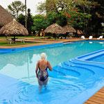 Genussschwimmen bei weit über 30°C im badewannenwarmen Wasser.