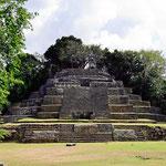 Eine weitere Pyramide.