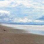 Bei Ebbe dann eine endliose Strandlandschaft.