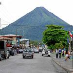 Und so sieht der Vulkan Arenal aus von La Fortuna aus.