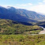 Fahrt durch eine wilde Gebirgslandschaf nach Pasto.