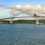 Die Brücke über den Panamkanal.