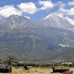 Noch zwei Riesenvulkane auf dem Weg nach Yukatan.