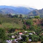 Das Kaffeeland ist dicht besiedelt und dicht bewirtschaftet.