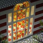 楳図かずお邸「まことちゃんハウス」リビングステンドグラス