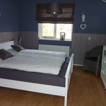 Chambre bleu à l'étage, avec Flat-TV