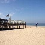 Restaurant de plage située dirèctement à l'entrée de la plage