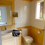 bathroom 2 en suite, hairdryer an lighted cosmetic mirror