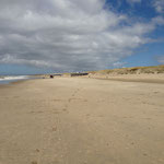 La plage de Julianadorp à la ligne de mire nord (à Den Helder)