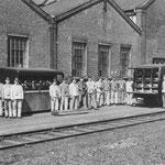 Feuerwehrfahrzeuge mit Mannschaft Juni 1953