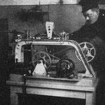 Neue elektrische Sauerstoff Umfüllpumpe der Grubenwehr Rheinelbe  1923