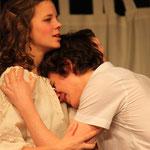 Imke Dallmeyer -  Luise; Joshua McCulagh -  Ferdinand (Kabale und Liebe 2014)