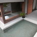 光の小住宅(安曇野市)-水盤