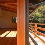 光の小住宅(安曇野市)-LDK・ベランダ