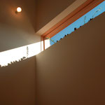堀金の家Ⅰ(安曇野市)‐階段踊り場開口部