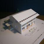片丘の家Ⅰ(塩尻市)-基本設計時模型