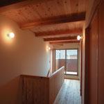 和田の家(松本市)-2階ホール・廊下