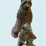 Ourse et ourson, bronze, ht.28 cms