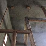 Assemblage traditionnel pour la nouvelle trimée d'escalier.