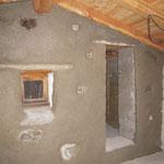 Le chaux/ chanvre peut aussi être appliqué en enduit de finition sur les murs en pierres.