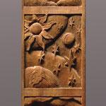 """Резные вставки из ореха с миниатюрами, изображающие первый, второй и третий день Творения. Выполнены для часов """"Шаббат"""" http://www.konstantin-chaykin.com/ Резьба Байкова Михаила."""