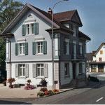Kontrolle von Fassade und Dach hält sie nicht unnötig wach Dani Vogt D. Vogt Holzbau GmbH  Allmeindstrasse 27 8855 Wangen