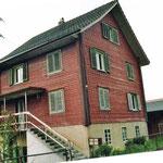 Alte Fassade Haus Eggenberger Siebnen Beratung Planung Rückbau Dani Vogt D. Vogt Holzbau GmbH CH 8855 Wangen SZ