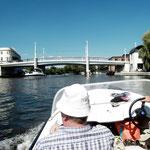 Einmal durch die Jahrtausenbrücke fahren