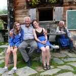 Ein tolles Hüttenteam.Franz,Margreth,Hermann und Vanessa