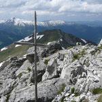 Das alte Gipfelkreuz der Hochgehrenspitze