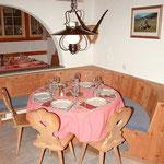 Stübli Tisch 3