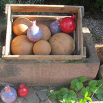 """marzipankartoffel""-Kugeln und Granatäpfel"
