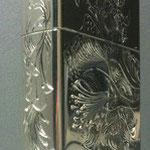 手彫りZippo 側面