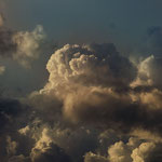 fast schon Standard, aber dennoch eine nette Mischung aus Pilzwolken und Fetzen...