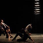 En busca de.. G. Ramírez Sansano  Luna Negra Dance Theater