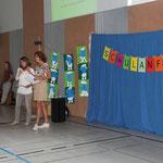 Frau Lipke und Frau Reeh wünschen allen Schulanfängern und deren Eltern einen guten Start in das Schulleben.
