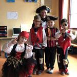 Das beliebteste Kostüm (11) war das der Piraten.