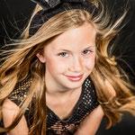 verjaardag een modellenervaring met vriendinnen, Glamour Foto Kinder Feest, Kinderfeestje, kinderverjaardag, beautyfeestje, nagelfeestje, kappersfeestje, foto beauty kinderfeestje,