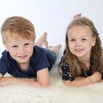 FAMILIEFOTOGRAAF, FAMILIEFOTO, FAMILIE FOTO, De leukste fotostudio in oosterhout, Familie portret |+fotostudio bsafoto +Portretfotografie, Familie fotografie. (en groepen)