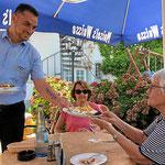 Sommer im Gartenrestaurant