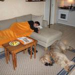 nach dem Bezug der FeWo brauchten Frauchen & ich eine Runde Schlaf
