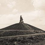 """""""Himmelstreppe auf der Halde Rheinelbe (7-319332) B+W"""" - Copyright by Franz Walter"""