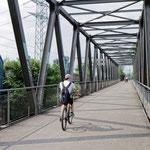 """2018-06-25 - """"Brücke über den Rhein-Herne-Kanal Oberhausen (7-46942)"""" - Mit dem Rad unterwegs in der Metropole Ruhr - Copyright by Franz Walter"""