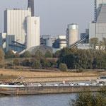 """2018-11-12 -  """"Rheinschiffe am Niederrhein (7-49792)"""" - Mit dem Rad unterwegs im Herbst - Copyright by Franz Walter"""